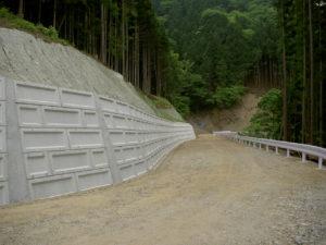 秩父中央線森林管理道開設工事